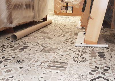 Instalación de alfombra vinílica (15)