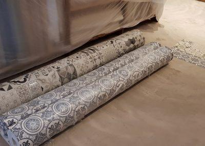 Instalación de alfombra vinílica (2)