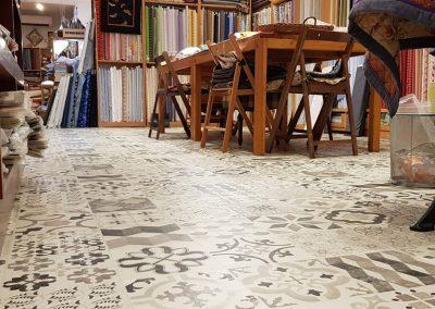 Instalación de alfombra vinílica (22)