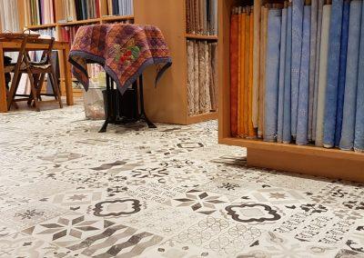 Instalación de alfombra vinílica (24)