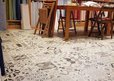 Instalación de alfombra vinílica (25)