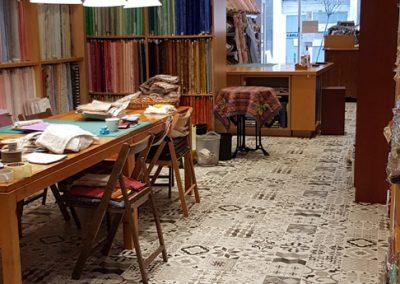Instalación de alfombra vinílica (27)