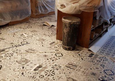 Instalación de alfombra vinílica (8)