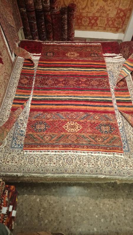 Restauración alfombra estrechar y reponer orillo original